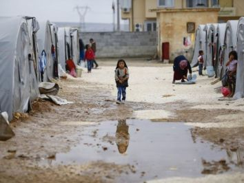 2e1ax_omniatv_entry_refugee-camp-syria