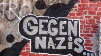 gegen-nazis-und-repression-graffiti-frankfurt-805x450.jpg