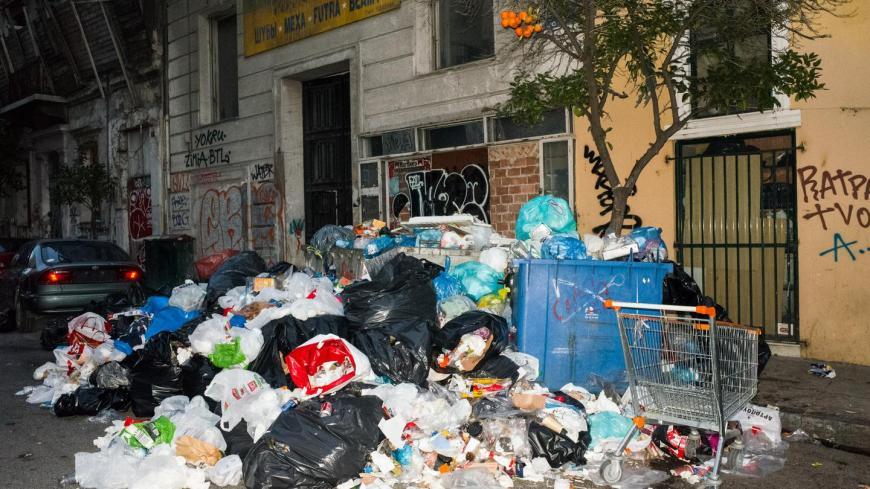 1485851021975-garbage-3